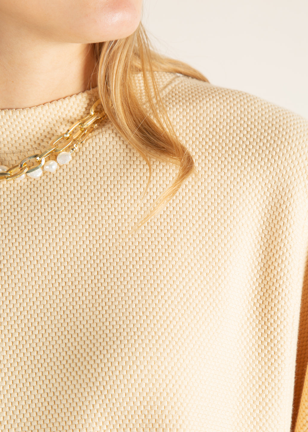 detail wheat sweater