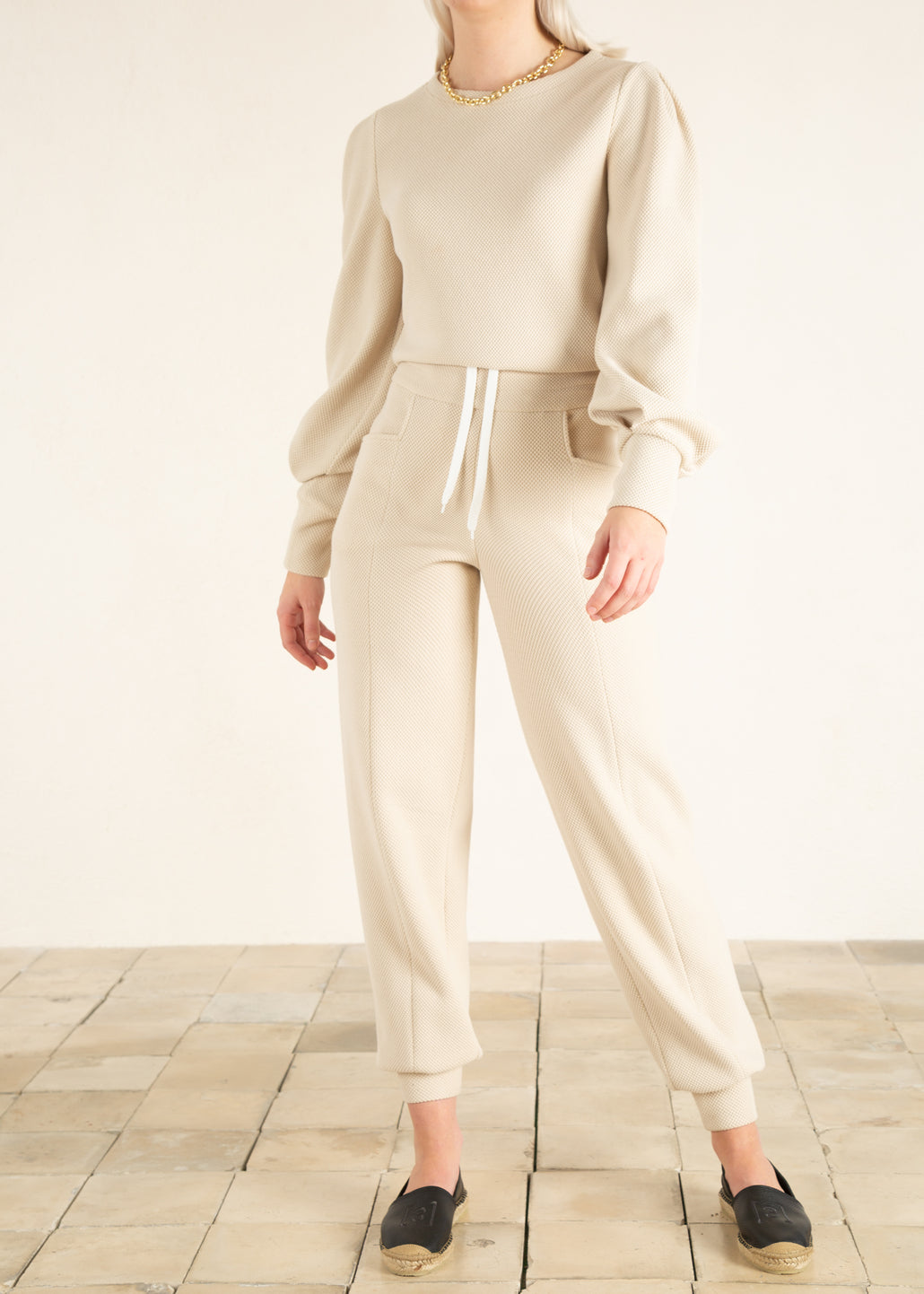 Look dames struc sweater en jogger