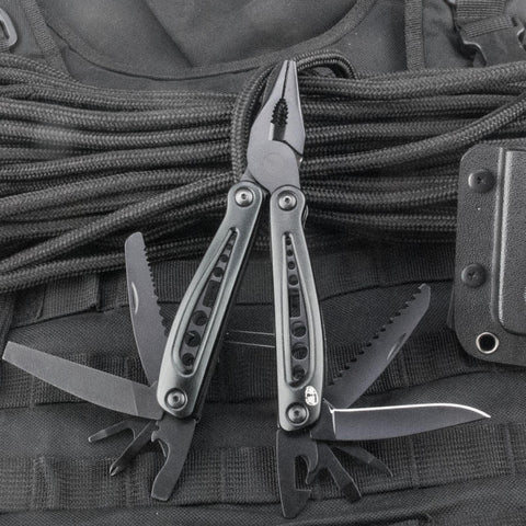 Black Multi Tool with Belt Pouch - Oakedge Knives