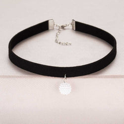 Black Rope Resin Pendant Choker Necklaces For Women - RogueDeals.com