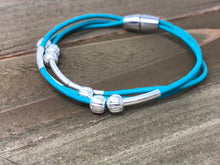 Magnet Wrap Turquoise Blue