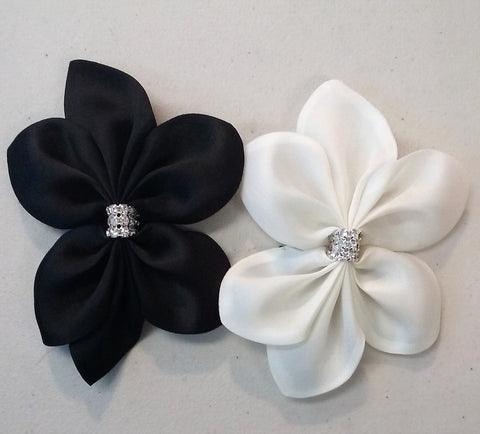 Mini silk flower pin with rhinestones