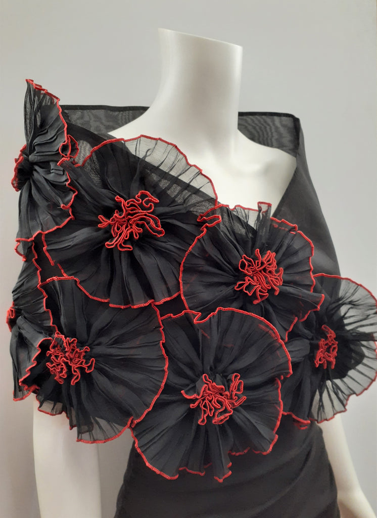 Black Flower Wrap