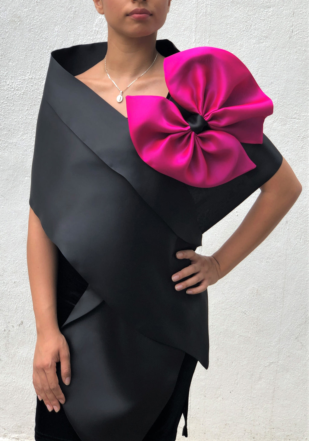 Wrap with Bow and Folded Collar