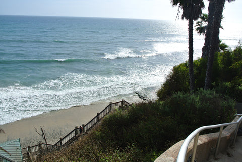 Swamis break in Encinitas, California.
