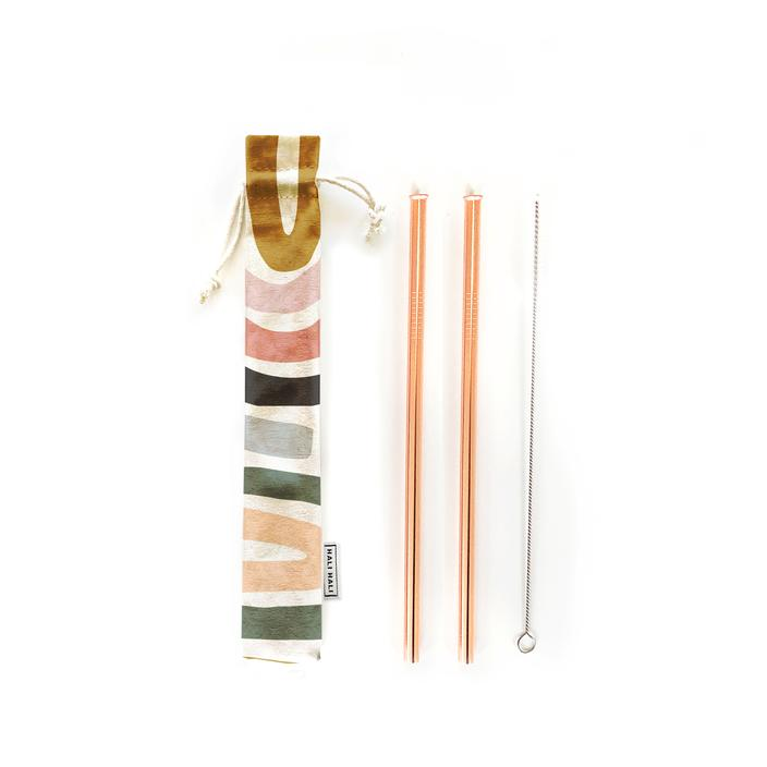 Reusable 4pc straw set includes 2 beautiful food grade stainless steel straws in unique metallic finishes, a cleaning brush, and a fun travel pouch.