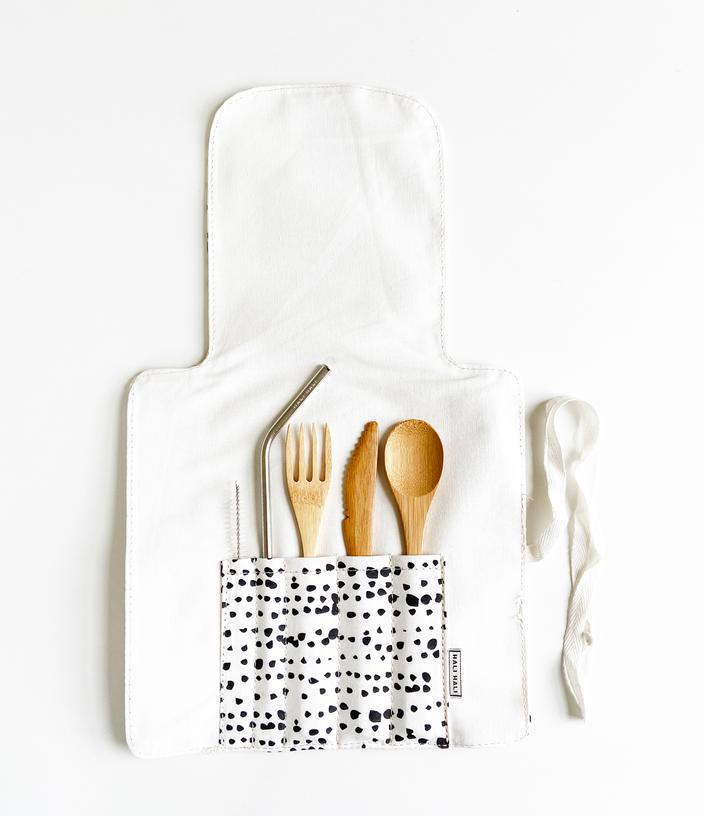 Portable and convenient to use. This eco-friendly cutlery set fits in your bag and is perfect for travel, office lunch, camping, and picnics.