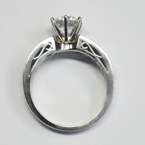 Vintage Explorer White Open Leaf Design Ring with Diamonds