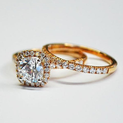 Passion Rose Halo Engagement Set with Diamonds