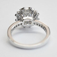 White Unique Scalloped Halo with Asscher