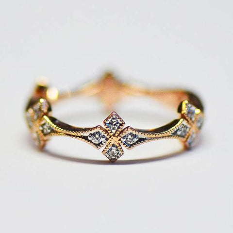 Rose 5 Station Star Pave Diamond Band