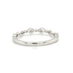 White Gold Delicate Kite & Round Alternating Milgrain Diamond Band