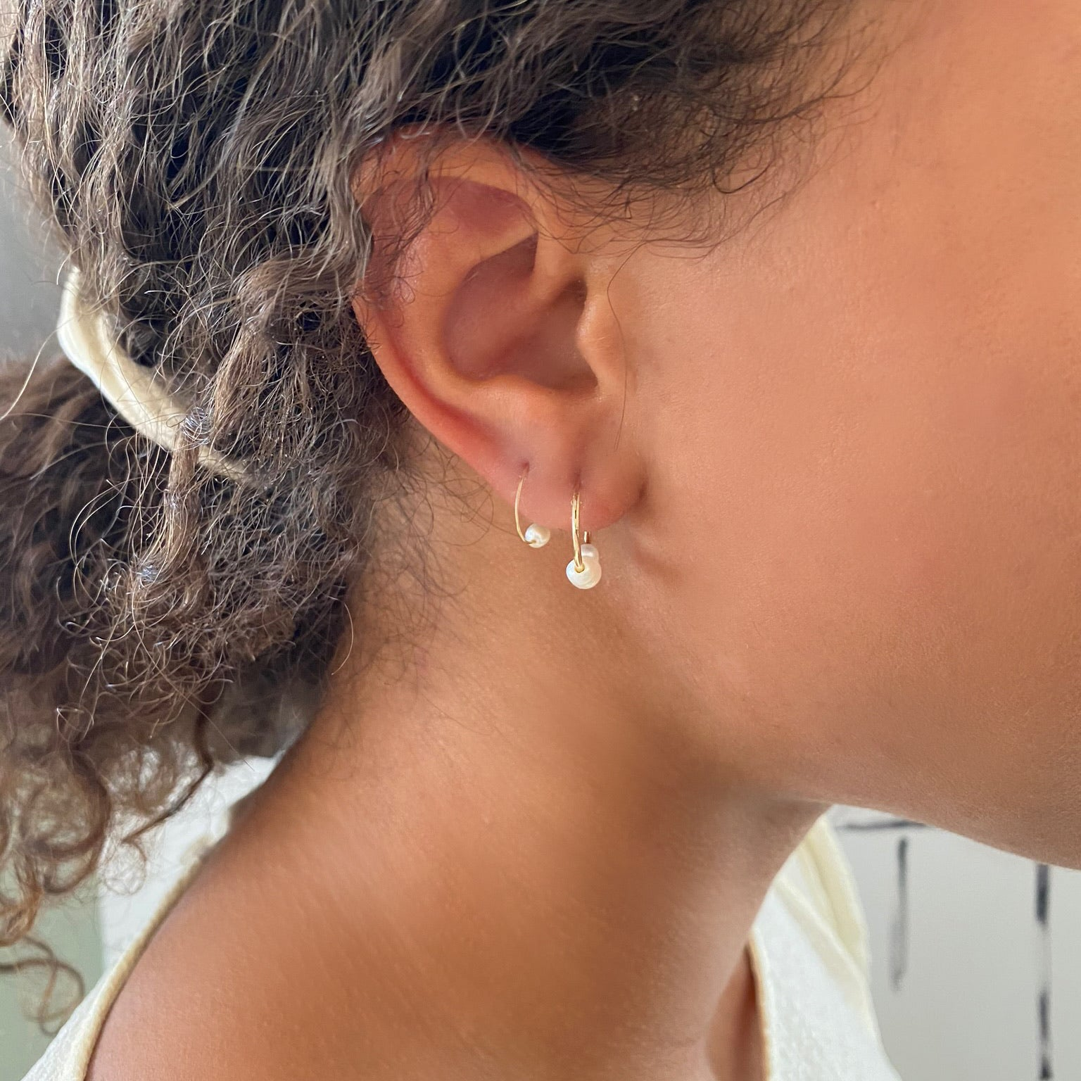 Petite 3 Station Pearl Gold Hoops