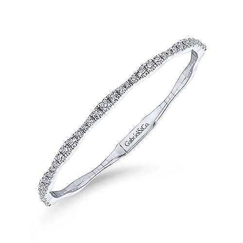 Graduating Diamond Bangle