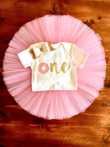 0076eb741 Donut 1st Birthday Outfit | Pink and Gold Donut Birthday Outfit ...