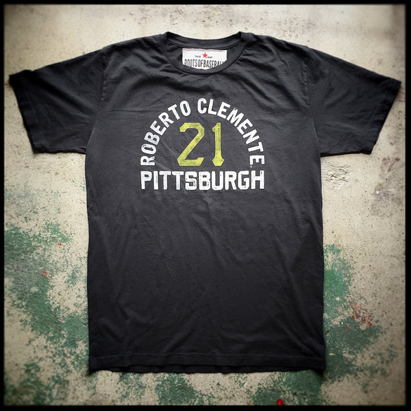 Roberto Clemente 'The Great One' Tee