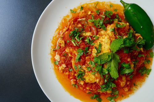 Bandora & Bida with Pita (Tomato Eggs Stew)