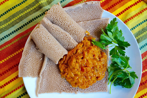 Eritrean & Ethiopian Cuisine Shiro (Chickpea Mash) with Injera Bread - Foodhini