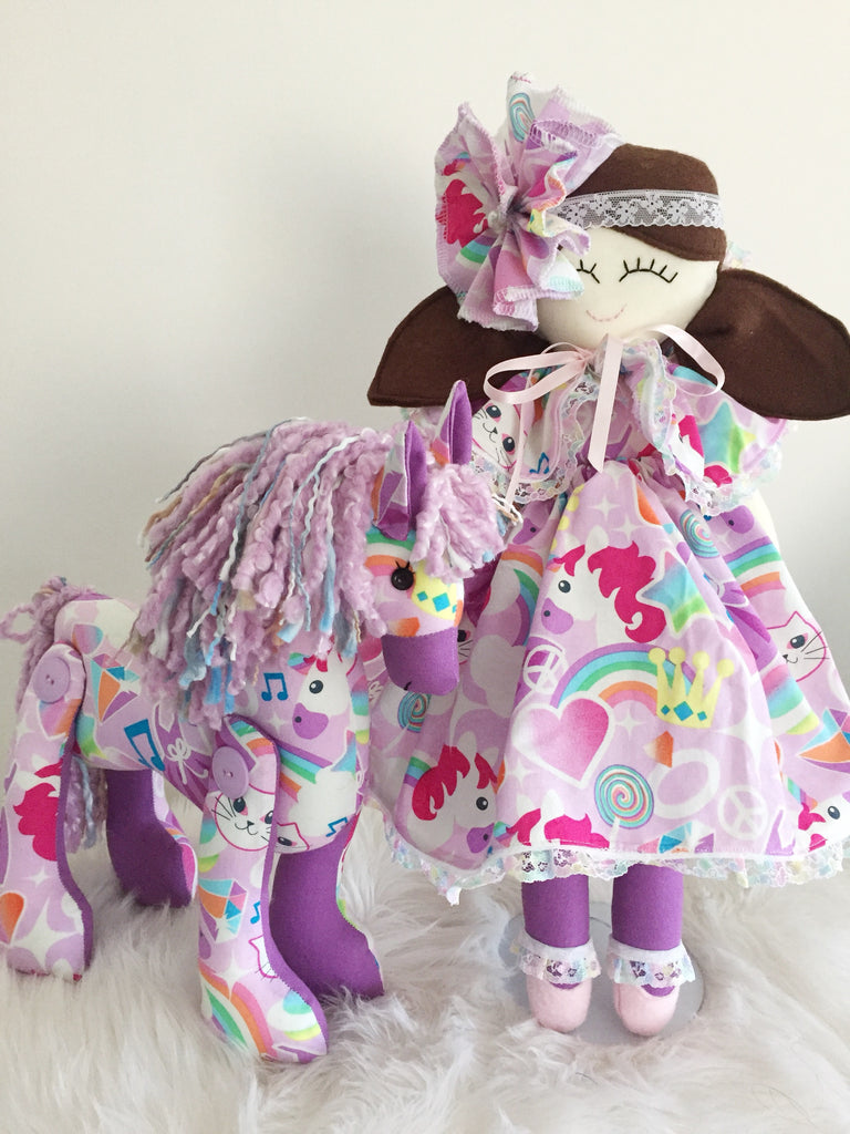 Pony & doll set