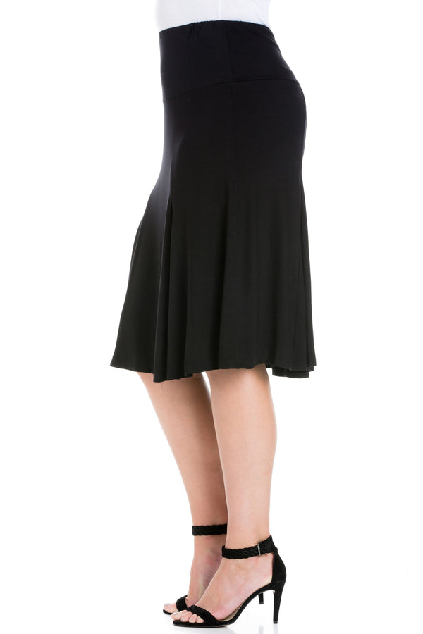 Comfortable Black Plus size Midi Skirt
