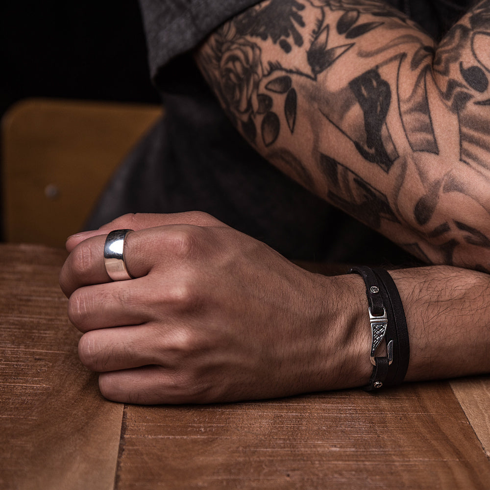 Mens Chain Bracelet – Mens Leather and Silver Bracelets can be Great Additions for Your Collection!