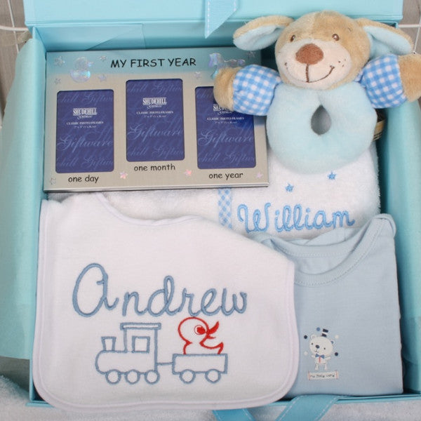 Baby gifts newborn gifts personalised baby gifts www simba personalised baby gift set in blue negle