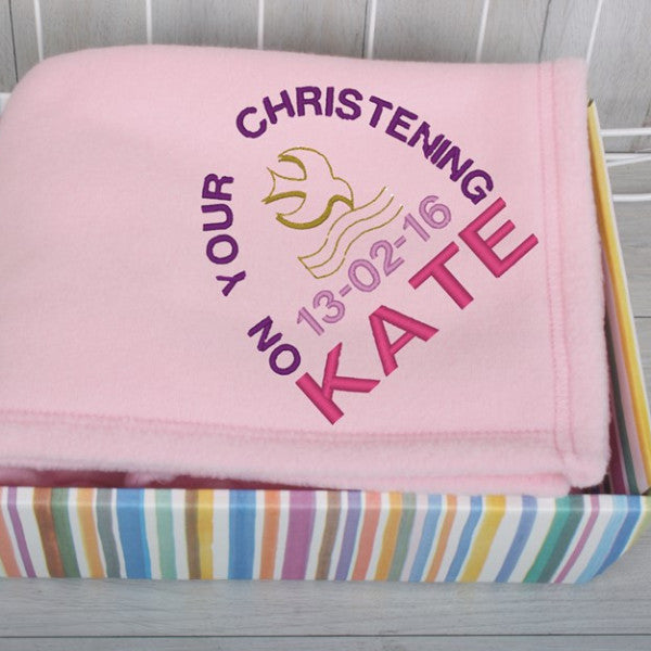 Fleece baby blanket in pink with embroidered name