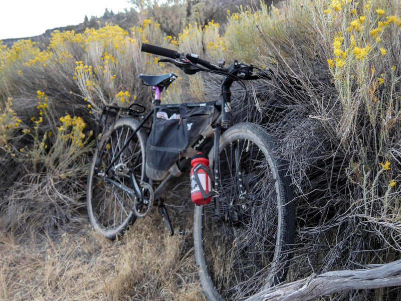 Surly Bike Build: VEER's Split Belt Pro Goes Touring On a Surly Straggler 650b
