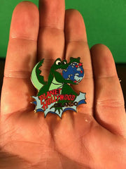PLANET HOLLYWOOD -- ORLANDO GATOR CHOMPING GLOBE TRADING PIN 94