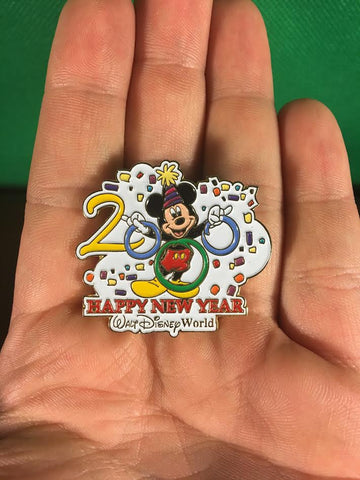 WALT DISNEY -- HAPPY NEW YEAR MICKEY MOUSE 2000 LIMITED EDITION TRADING PIN 292