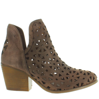 Musse & Cloud Athena - Dark Brown Laser-Cut Western Bootie