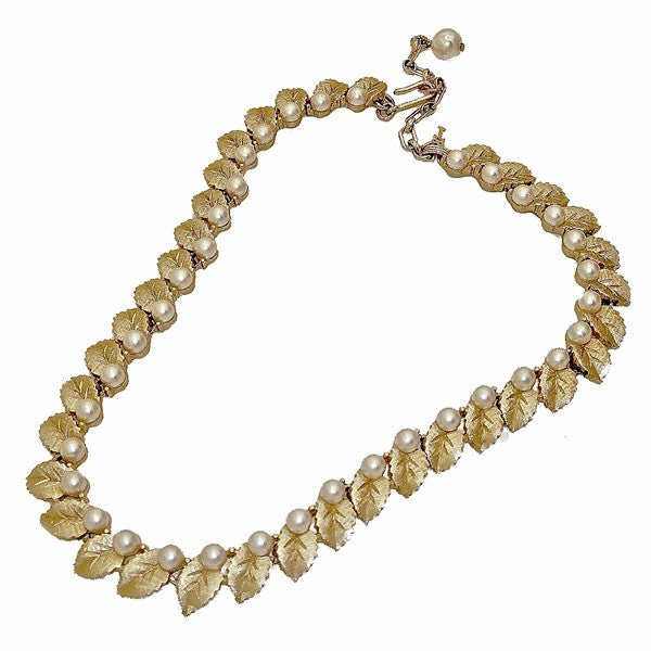 70's Pearl Leaf Necklace