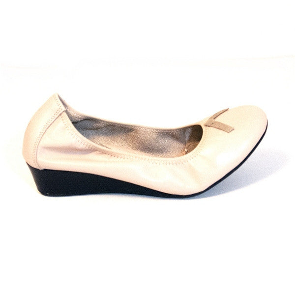 Hush Puppies Candid Pump - Nude Leather Wedge