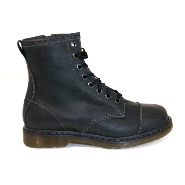 Dr Martens Triumph Mace Capper - Black Polished Wyoming Lace-Up Boot