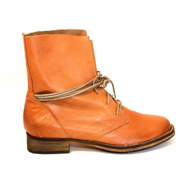 Chelsea Crew Fabio - Tan Lace-Up Combat Boot