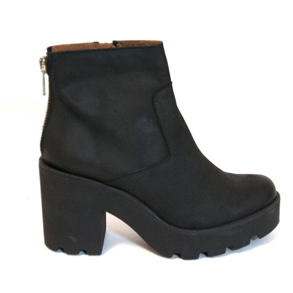SixtySeven Addison - Black Short Back-Zip Platform Boot
