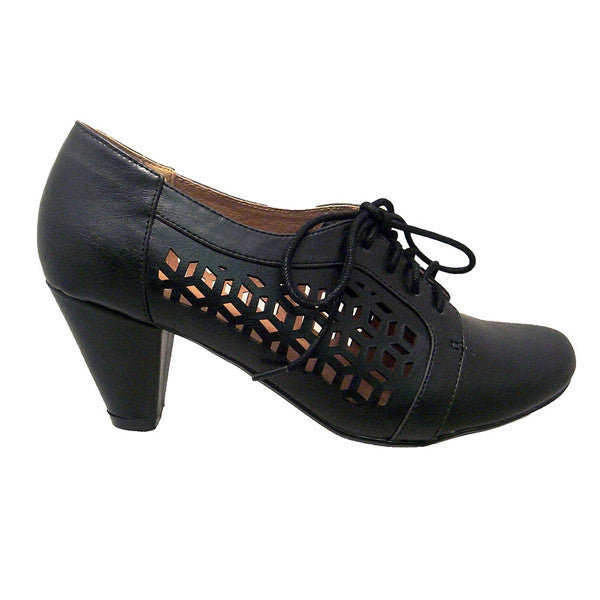 Chelsea Crew Rosie - Black Laser-Cutout Lace-Up Oxford Pump