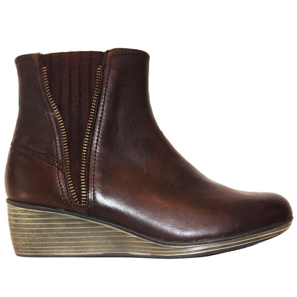Eastland Layla - Brown Leather Dual Gore Pull-On Wedge Bootie