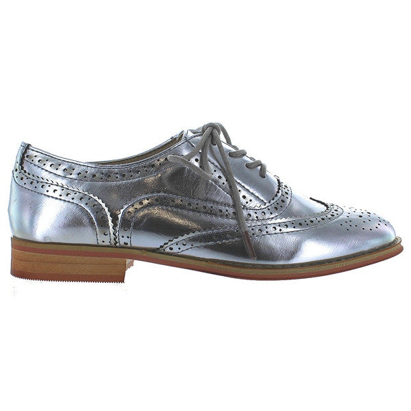 Wanted Babe - Silver Wing-Tip Lace-Up Oxford