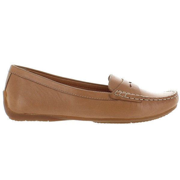 Clarks Doraville Nest - Tan Leather Soft Penny Loafer