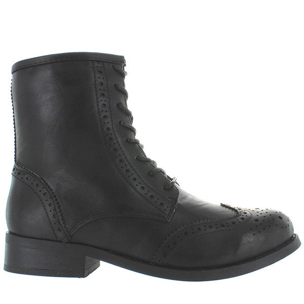 Wanted Rickey - Black Perforated Wing-Tip Lace-Up Boot