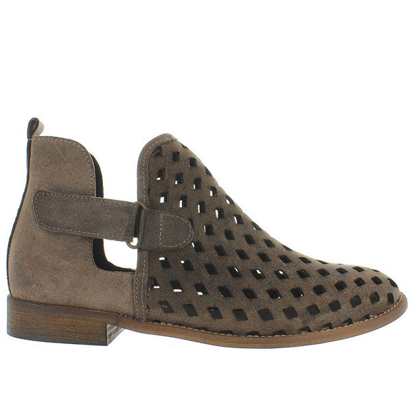 Musse & Cloud Caila - Stone Brown Suede Laser-Cut Flat Bootie