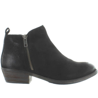 Chelsea Crew Rylee - Black Distressed Leather Dual-Zip Bootie