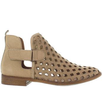 Musse & Cloud Caila - Taupe Leather Laser-Cut Flat Bootie