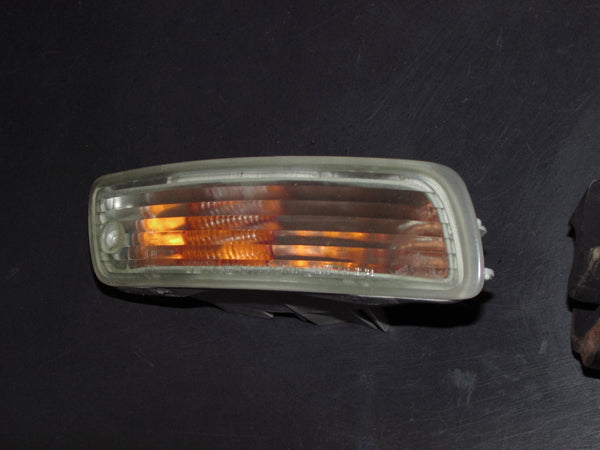 96 97 98 99 Toyota Celica OEM Front Bumper Turn Signal Light Lamp - Right
