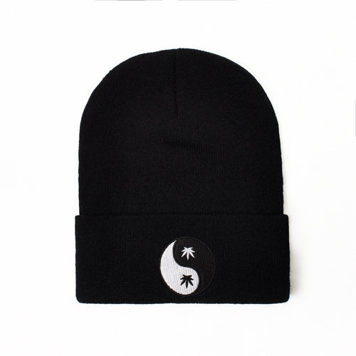 YIN YANG - BEANIE - Growing Gardens Clothing