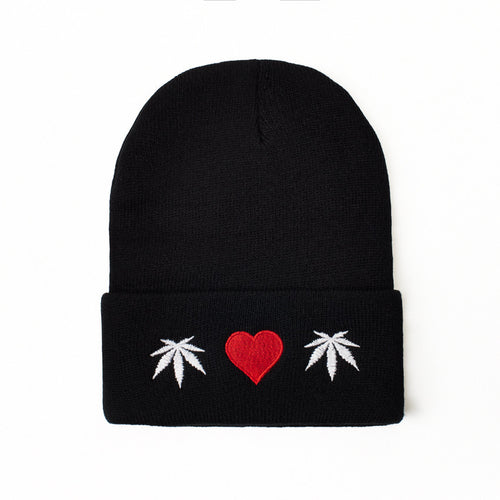 WEED HEART - BEANIE - Growing Gardens Clothing