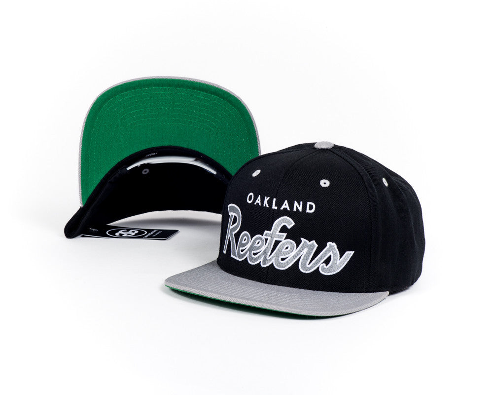 REEFER'S - SILVER - SNAPBACK - Growing Gardens Clothing