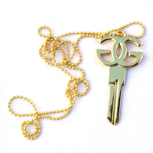 GG KEY NECKLACE - GOLD - Growing Gardens Clothing