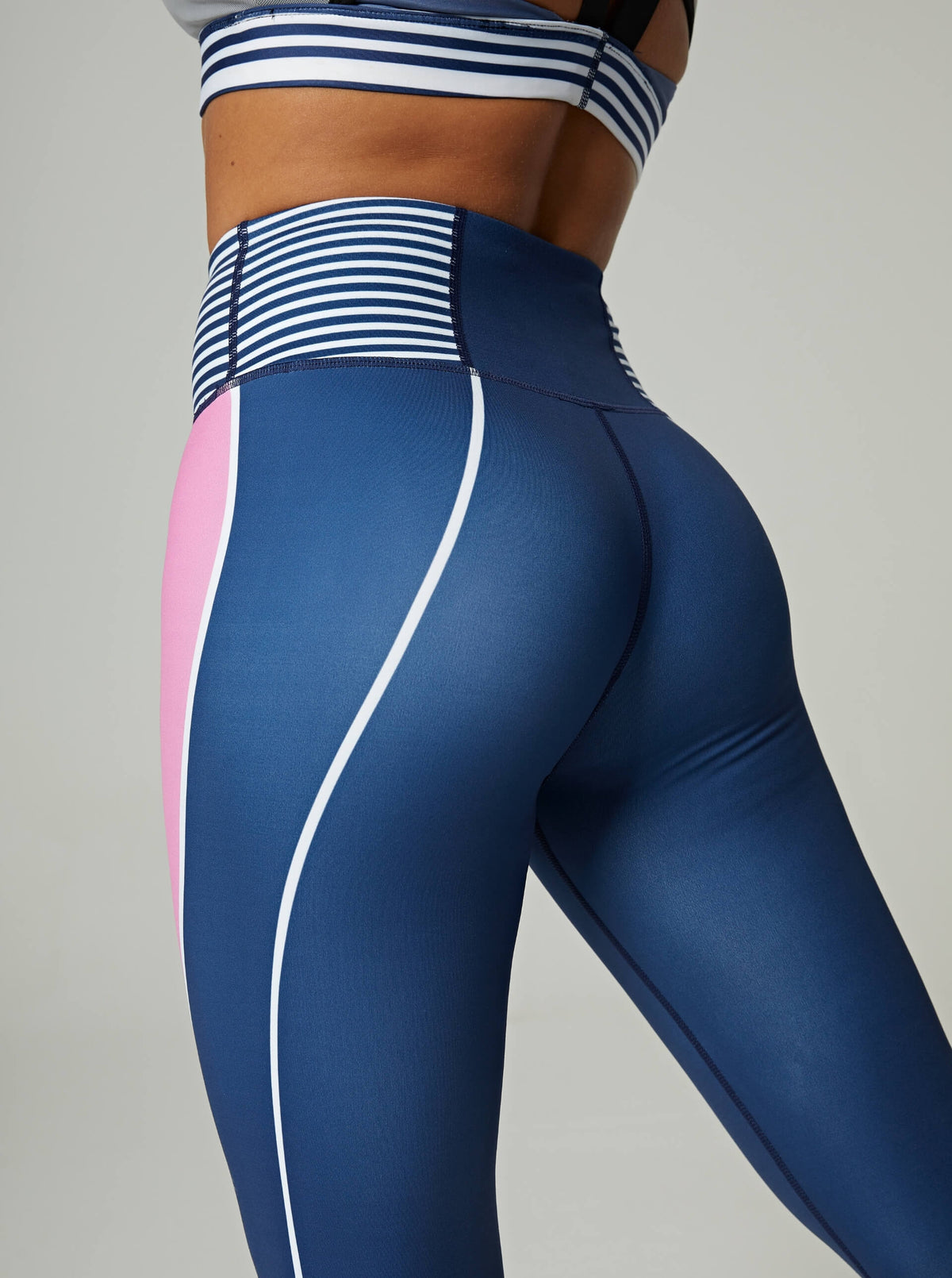 v2 Era Sport Stripe Leggings